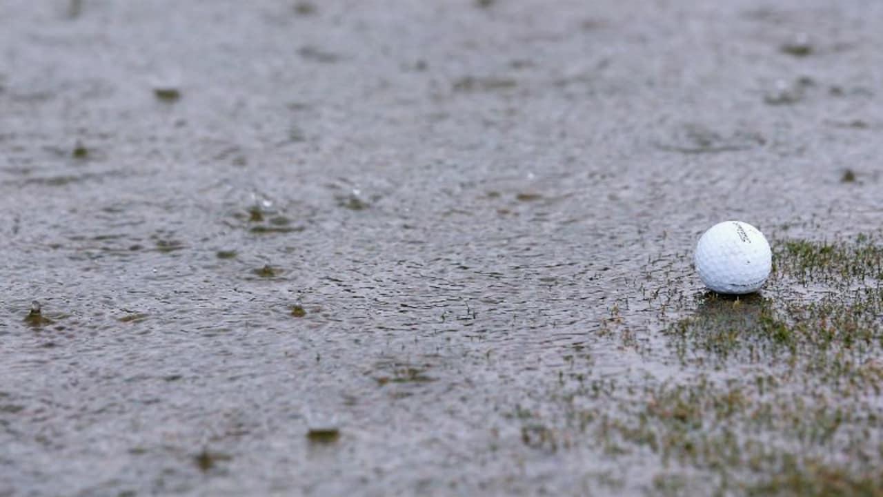 Derzeit beherrschen die Wassermassen in Bad Griesbach die Vorbereitungen auf die Porsche European Open. (Foto: Getty)