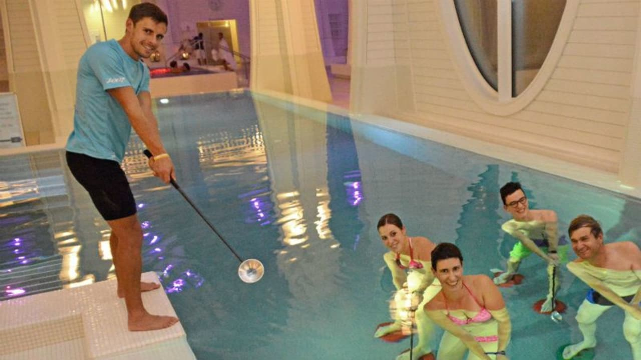 Aqua-Golf bei einer Trainingseinheit in Bad Ragaz. (Foto: Tamina Therme)