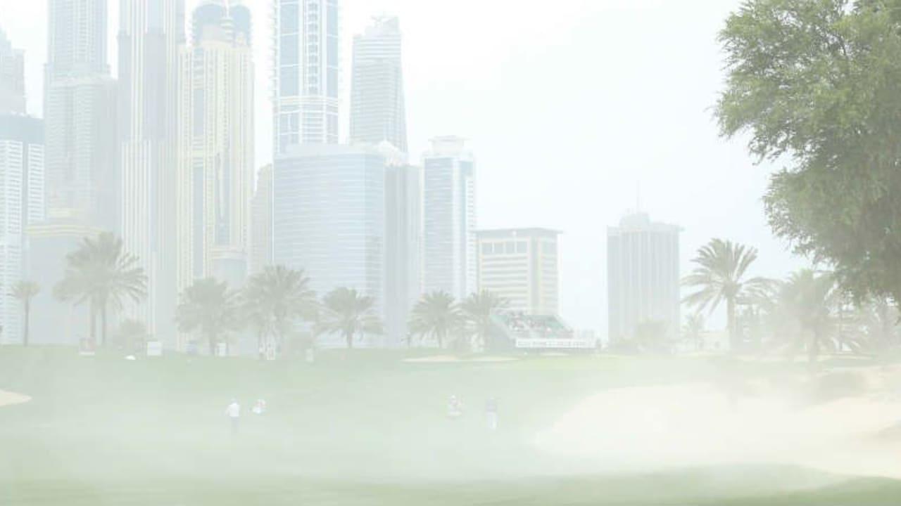 Immer stärkerer Wind machte die Beendigung der zweiten Runde bei der Omega Dubai Desert Classic unmöglich. (Foto: Getty)