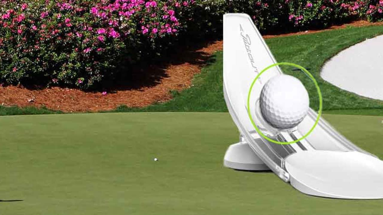 Die Puttout Trainingshilfe ist handlich und stört in keinem Golfbag. (Foto: Getty / Puttout)