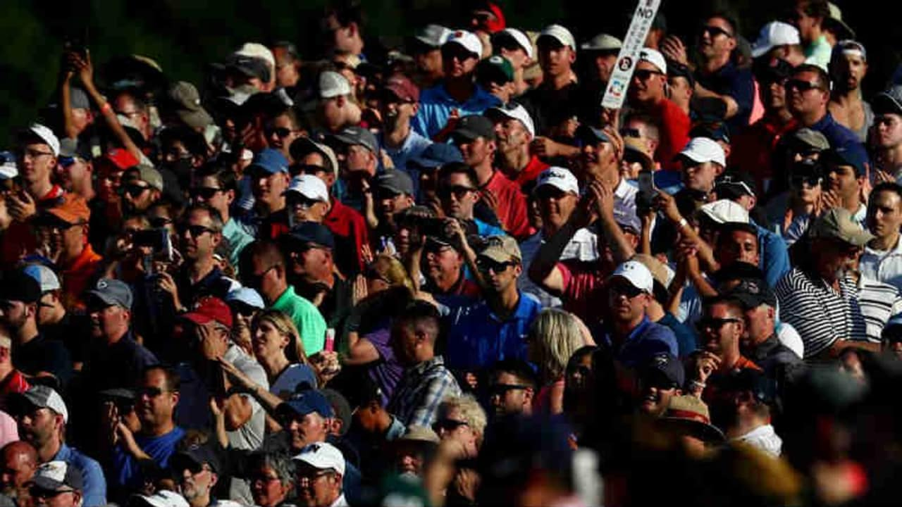 Per Crowdfunding machen Golf-Fans einiges möglich. (Foto: Getty)