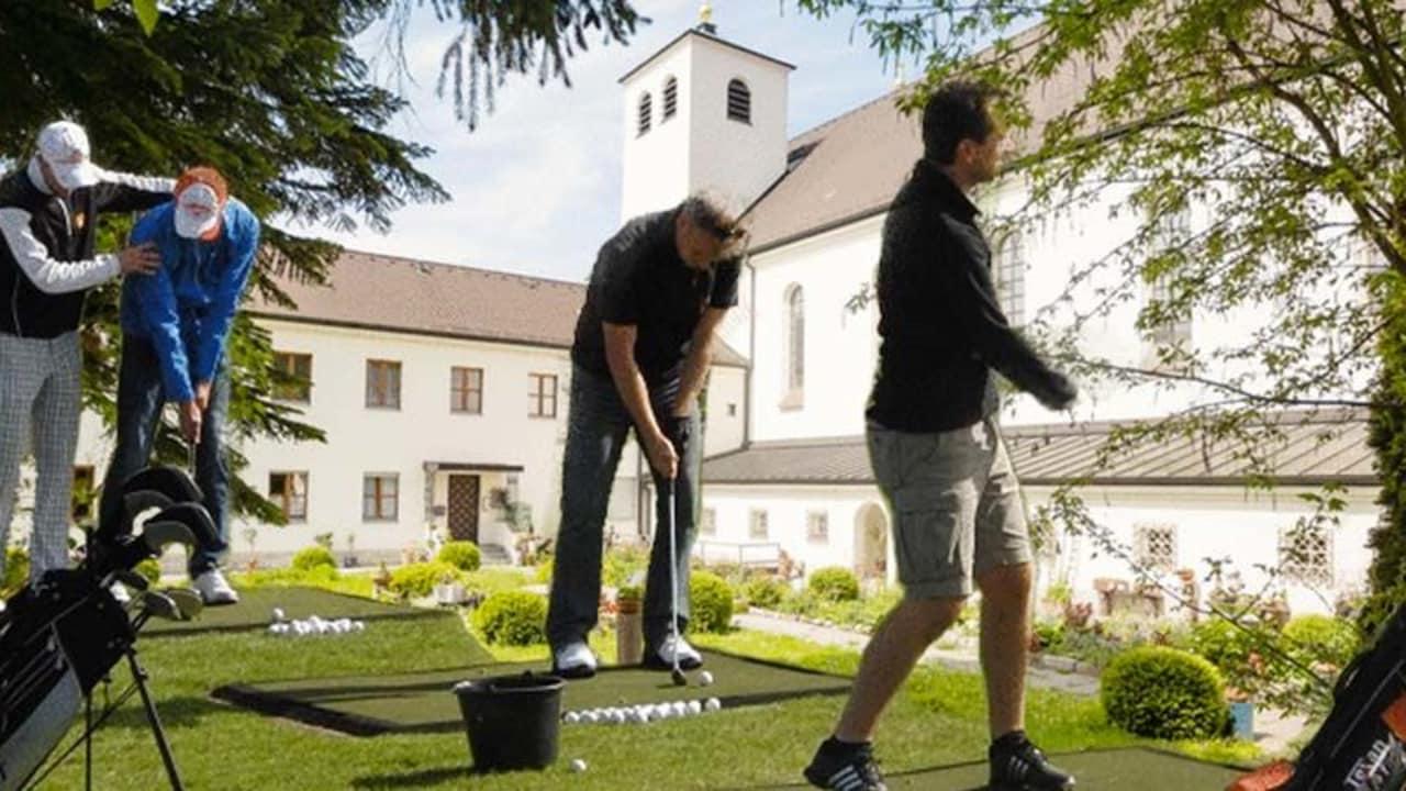 Im Kloster St. Josef in Neumarkt kann Klosterurlaub mit golferischem Engagement verbunden werden.