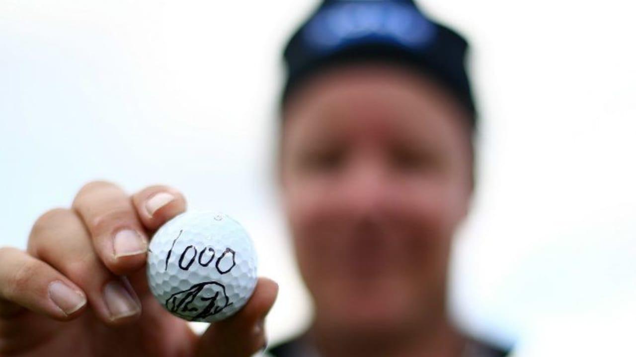 Der Finne Mikko Ilonen lässt sich feiern, da er das tausendste Ass spielt auf der European Tour. (Foto: Getty)