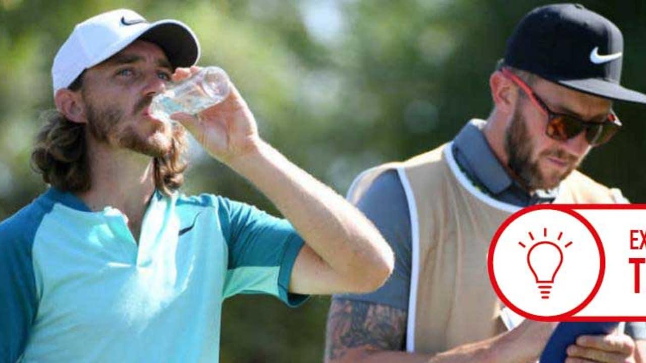Auch Tommy Fleetwood weiß es: Flüssigkeitsaufnahme ist extrem wichtig! (Foto: Getty)