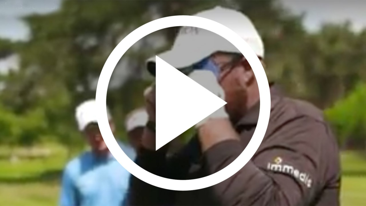 Golf Video Profigolfer spielen blind