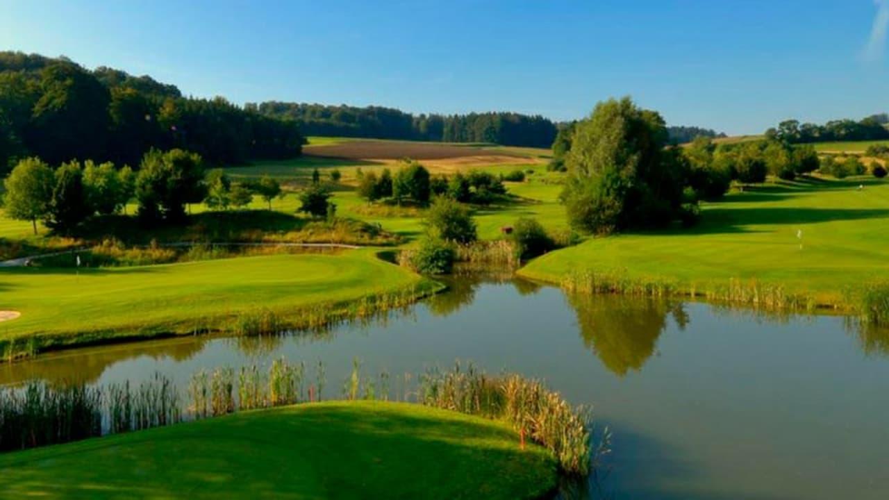 Golf Vuissens ist ein echter Geheimtipp für alle, die in der Schweiz auf Golfreise sind. (Foto: Twitter / @GolfyReseau)