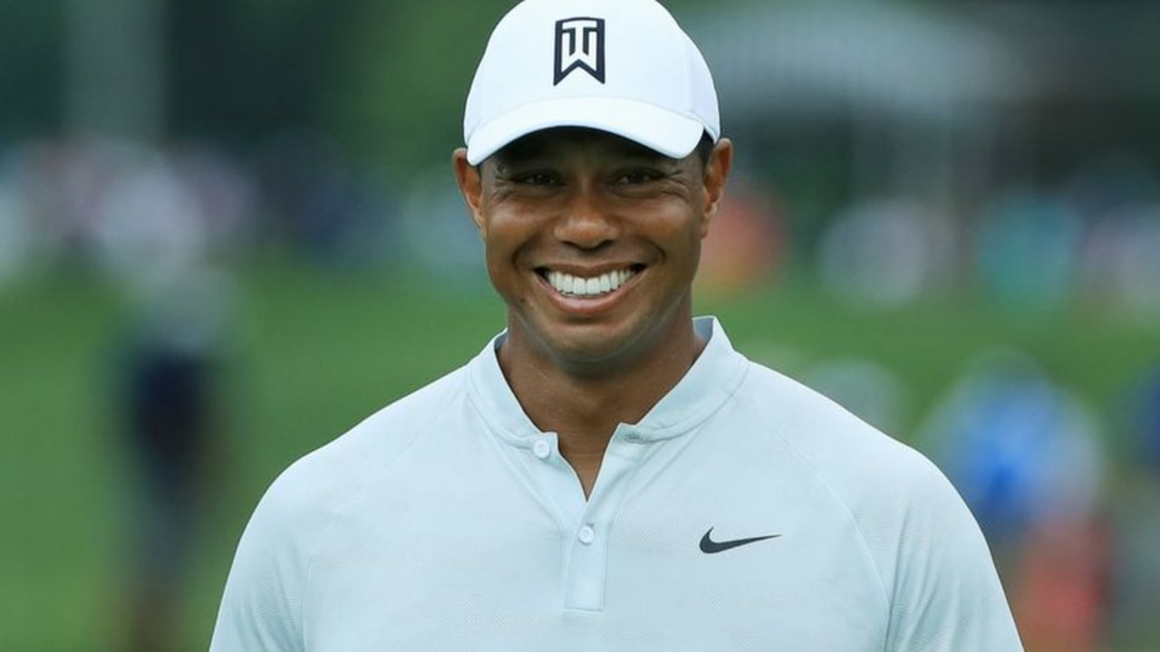 tiger-woods-smiling-golf