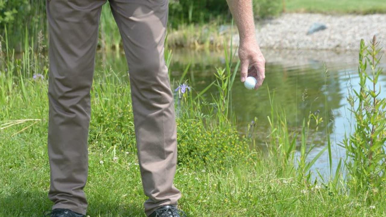 Ab 2019 erfolgt das Fallenlassen (Droppen) eines Balles aus Kniehöhe. (Foto: DGV)