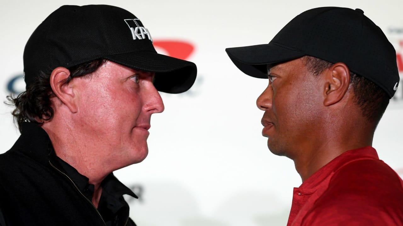 Tiger Woods und Phil Mickelson pokern schon vor ihrem großen Match hoch. (Foto: Getty)