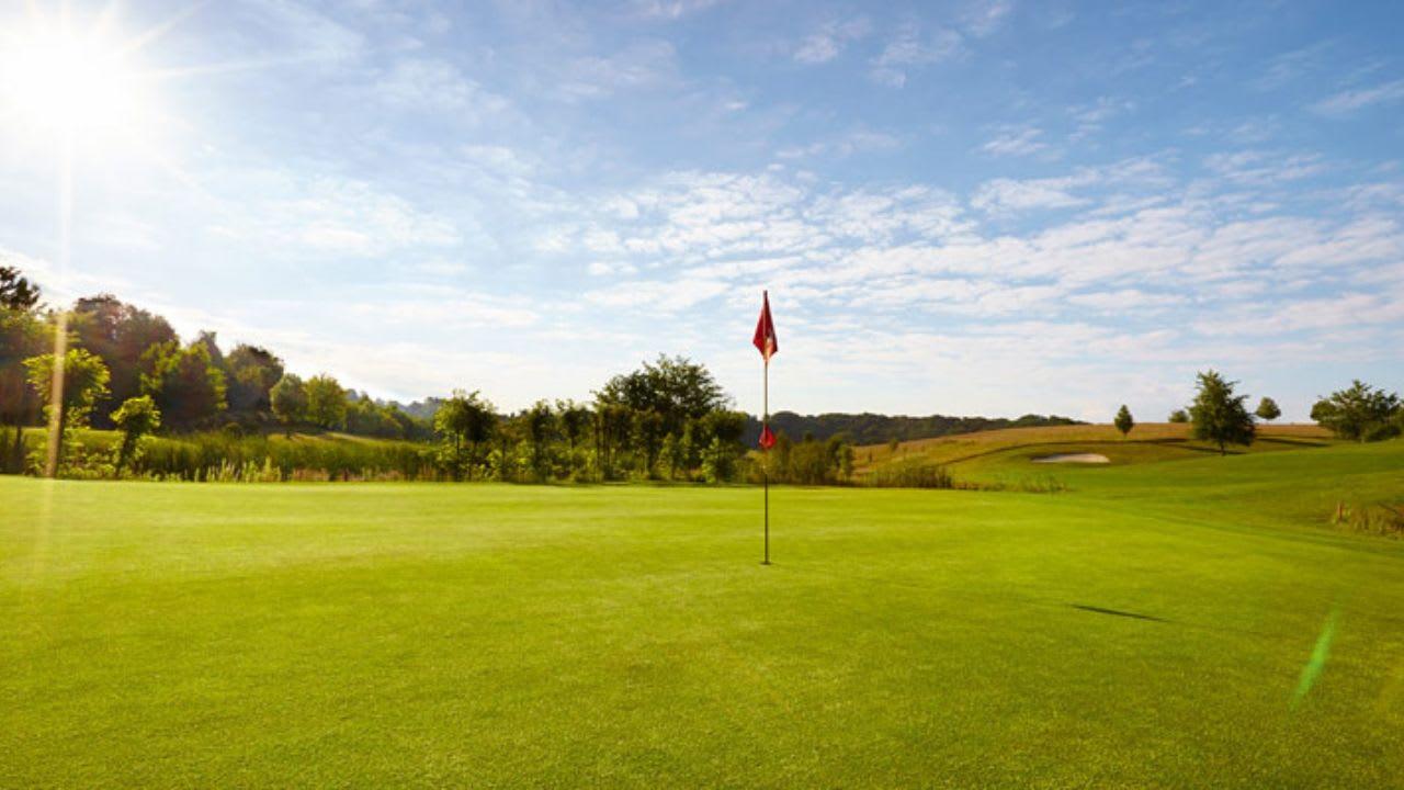 Die Golfsaison kann beginnen. Der GC Düsseldorf-Grafenberg gibt die Platzregeln 2019 bekannt. (Bildquelle: GC Düsseldorf-Grafenberg)