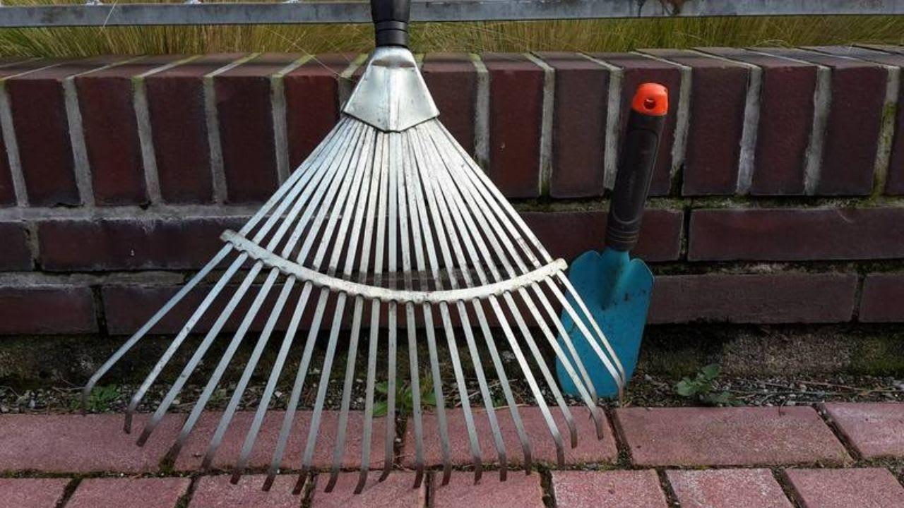 Passendes Werkzeug liegt bereit. Der Golfclub Hannover lädt zum Frühjahrs-Gartenputz ein. Für das leibliche Wohl ist gesorgt. (Bildquelle: GC Hannover)
