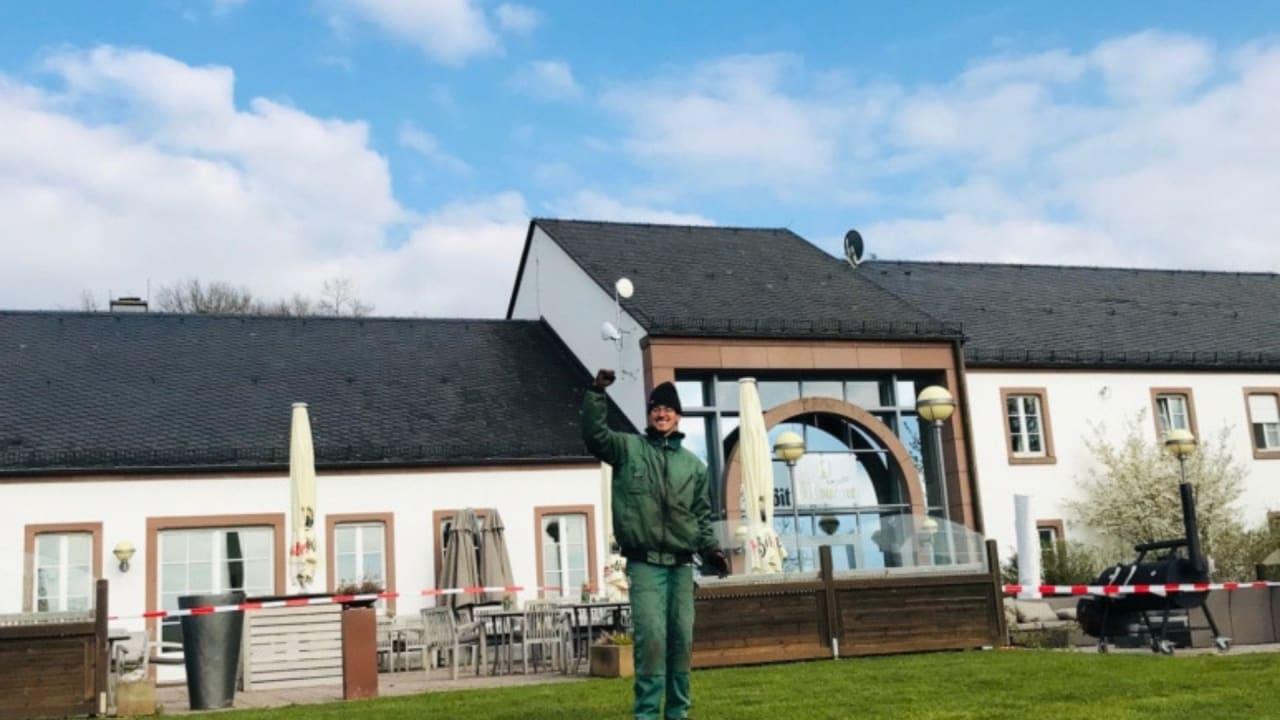 Die schönste Terrasse der Südeifel ist fertig. Endlich kann die Saison beginnen! (Bildquelle: Golf Bitburger Land)