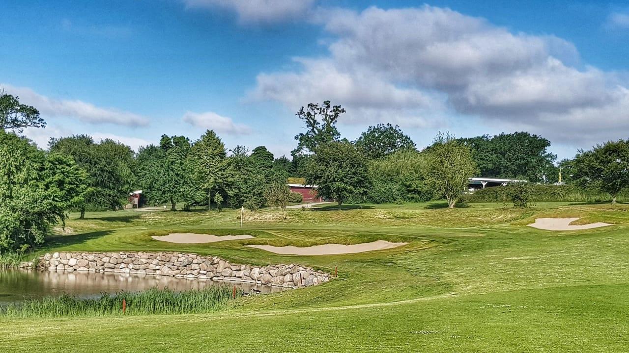 Signature Hole einer neuen Ära: Die künftige Schlussbahn der Golfanlage Hohwacht hat bereits ihr Facelift bekommen. (Bildquelle: Golfanlage Hohwacht)