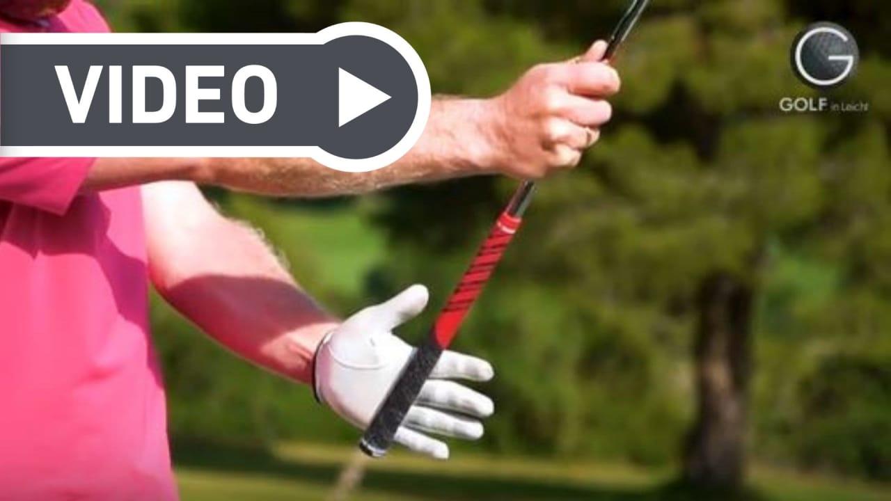 Ein richtiger Griff ist essenziell für ein präzises Golfspiel. Golf in Leicht zeigt, wie man schnell den korrekten Griff erzielt. (Foto: YouTube / Golf in Leicht)