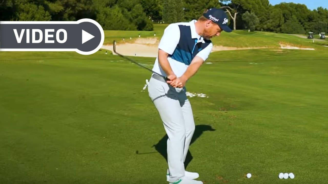Fabian Bünker über die perfekte Pitch-Technik. (Screenshot: Youtube.com/ Golf in Leicht)