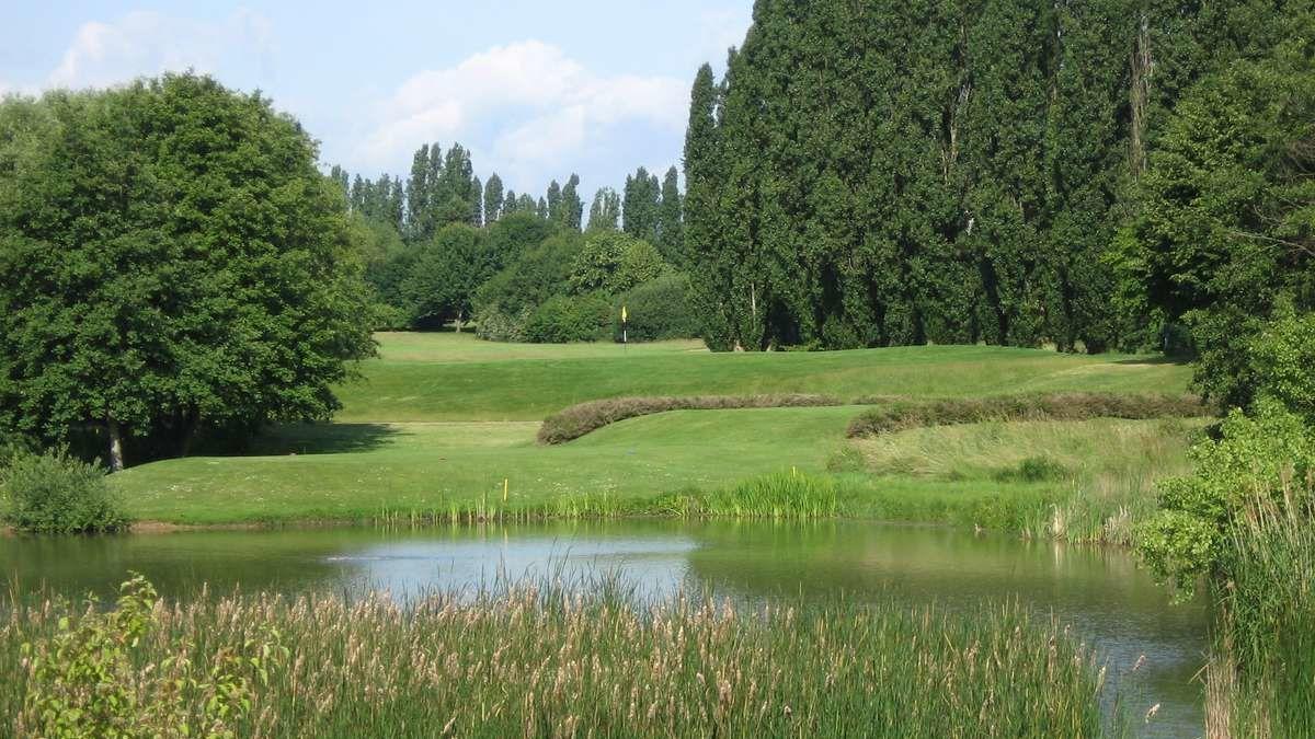 Golfplatz in Wiesbaden-Delkenheim