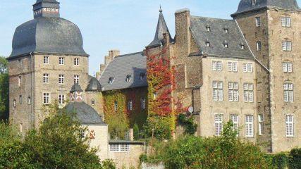 GC Schloss Myllendonk - Golfclub in KorschenbroichD