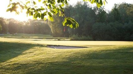 Open.9 Golf Eichenried - Golfclub in Moosinning