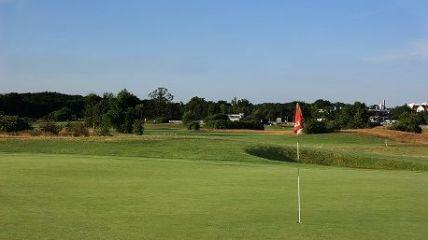 Weinberg Golfakademie - Golfclub in Frankfurt am Main