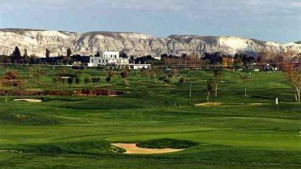 Golf los Lagos - Golfclub in Pinseque