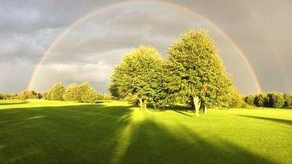 Öffentliche Kölner Anlage - Golfclub in Köln