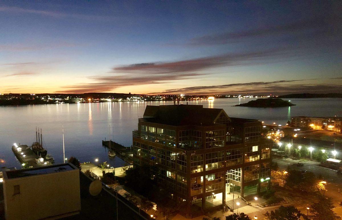 Blick vom Double Tree Hilton auf den Halifax Harbour. (Foto: Jürgen Linnenbürger)