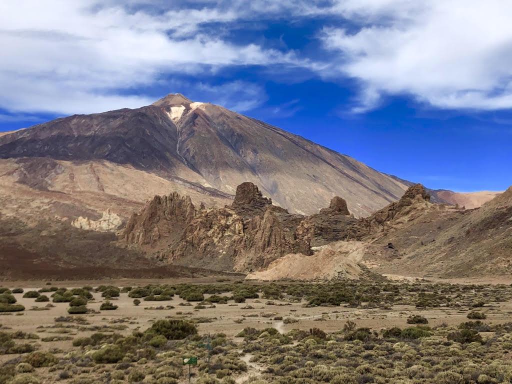 Ebene Llano de Ucana und Pico del Teide im Parque Nacional del Teide. (Foto: Jürgen Linnenbürger)