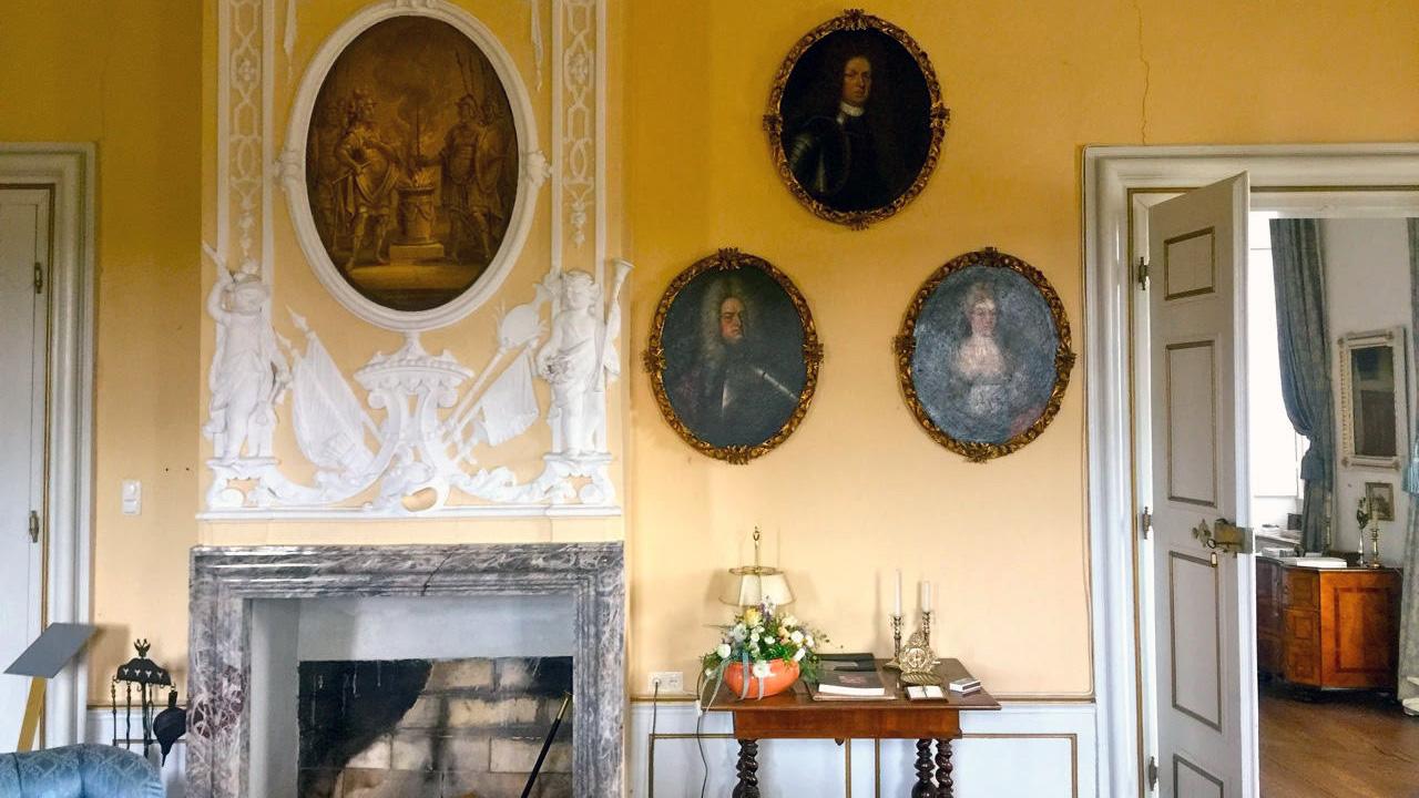 Die Wohnräume des Schloss' Reichmannsdorf sind gut erhalten . (Foto: Michael Basche)