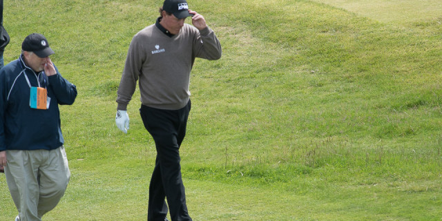 Phil Mickelson Apologises for US Open Controversy