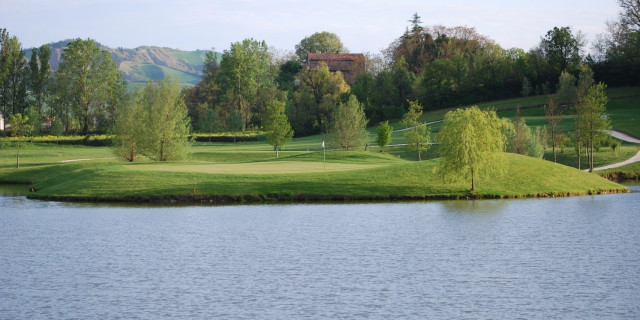 Golf in Central Italy