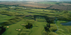 https://res.cloudinary.com/golfshake/image/upload/t_cms300/course/2017/jwagtipluuouzbxiw4qu.jpg