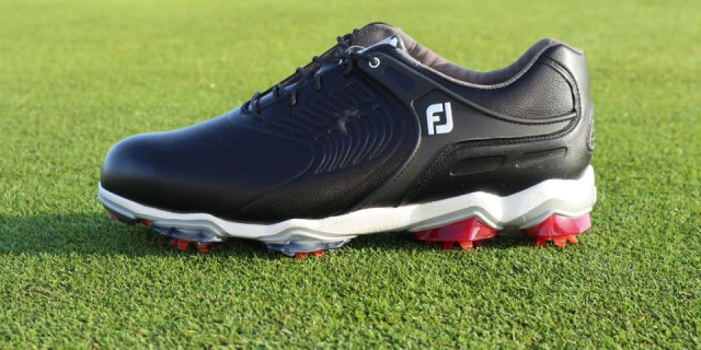 Best Winter Golf Shoes for 2018 19