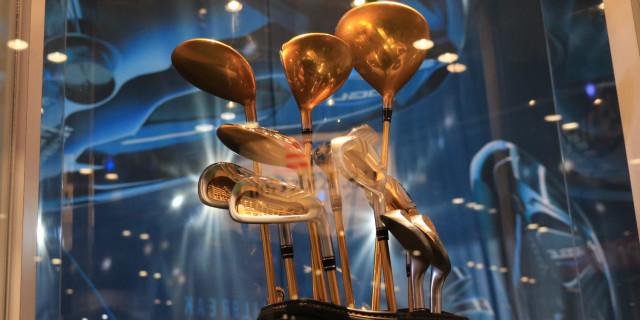Golf gold clubs