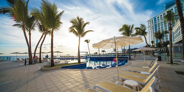 CheapCaribbean_Mexico-Vacations_Last-Minute-Cancun-Getaway-at-45%-OFF