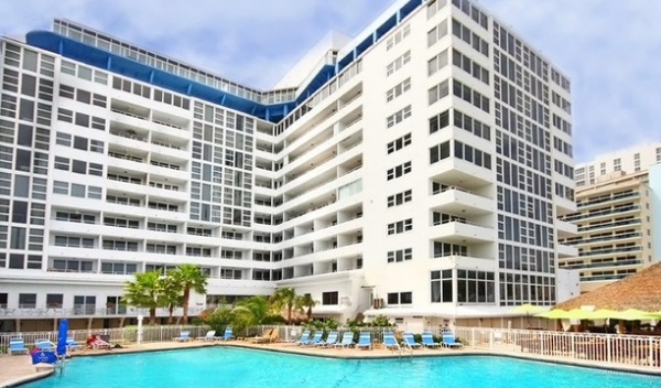 Groupon-Getaways_Florida-Hotel_Oceanfront-Ft.-Lauderdale-Resort-Thru-Winter