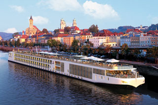 Orbitz_Europe-Cruise_Viking-River-Cruises-w/up-to-$1000-Ship-Credit