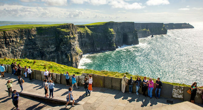 Great-Value-Vacations_Top---GoodTravel_7-Nt-Ireland-B&B-Vacation-w/Air,-Car