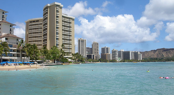 Expedia_Hawaii-Vacations_Oahu's-Spring-Festival-Season---Rates-30%-OFF-