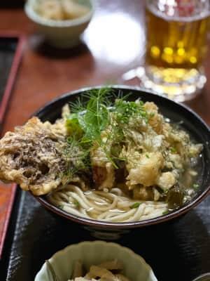 ガーデンレストラン・シギラ  宮古麺の天ぷらそば(ソーキそば)  ここのお...
