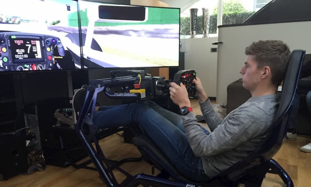 max verstappen sim racing