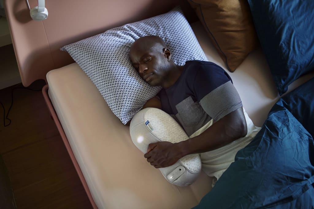 somnox sleeping robot