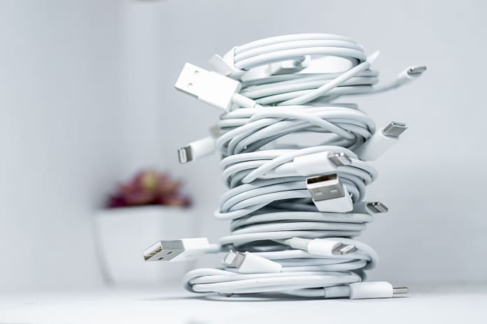 iphone cables becoming e-waste