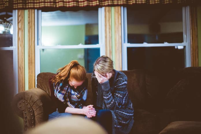 two woman find out it's illegal to buy an android box in ireland