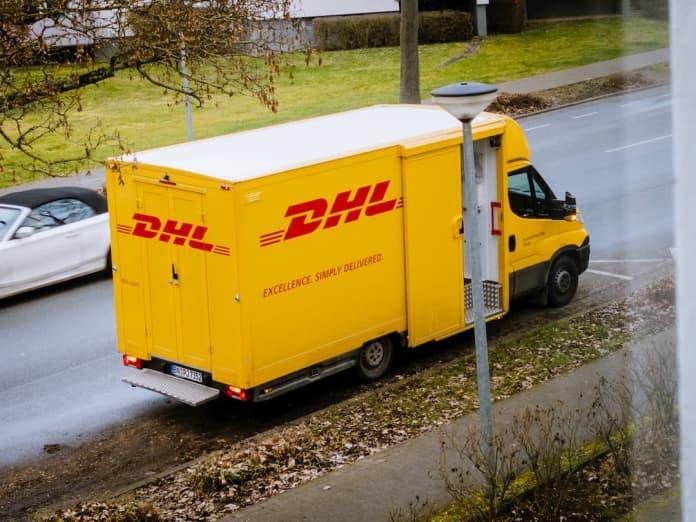 DHL suspends Irish deliveries