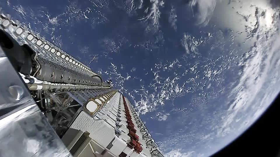starlink satelites