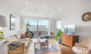for sale in Baldwin Point, 6 Sayer Street, SE17 1FH-View-1