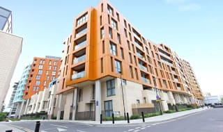 for sale in Cable Walk, Greenwich, SE10 0TN-View-1