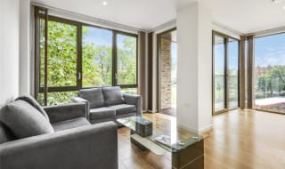 for sale in Camberwell Passage, London, SE5 0AU-View-1