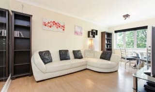 for sale in Glamis Place, London, E1W 3EF-View-1