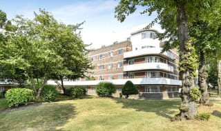for sale in Oaklands Estate, London, SW4 8NQ-View-1